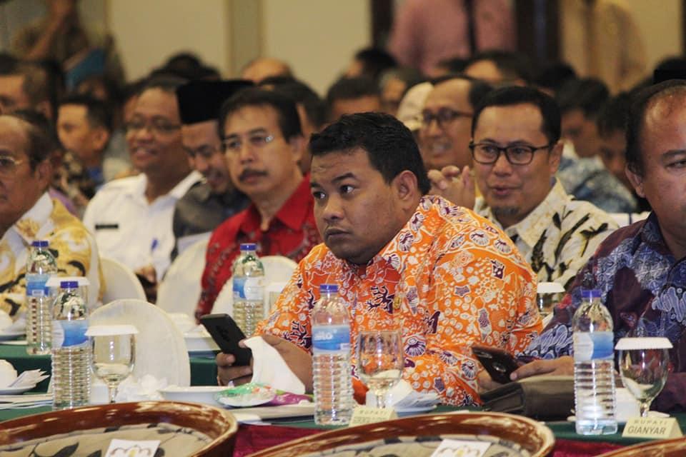 Kadis Perkim Mendampingi Walikota Tanjungbalai Menghadiri Lokakarya Peminatan Program Hibah Air Minum Perkotaan